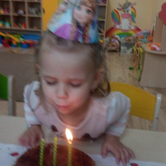Ditka oslávila 3 roky