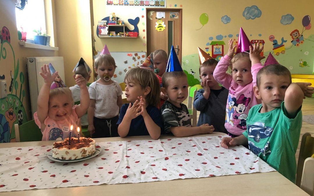 Simonka oslávila 2 roky